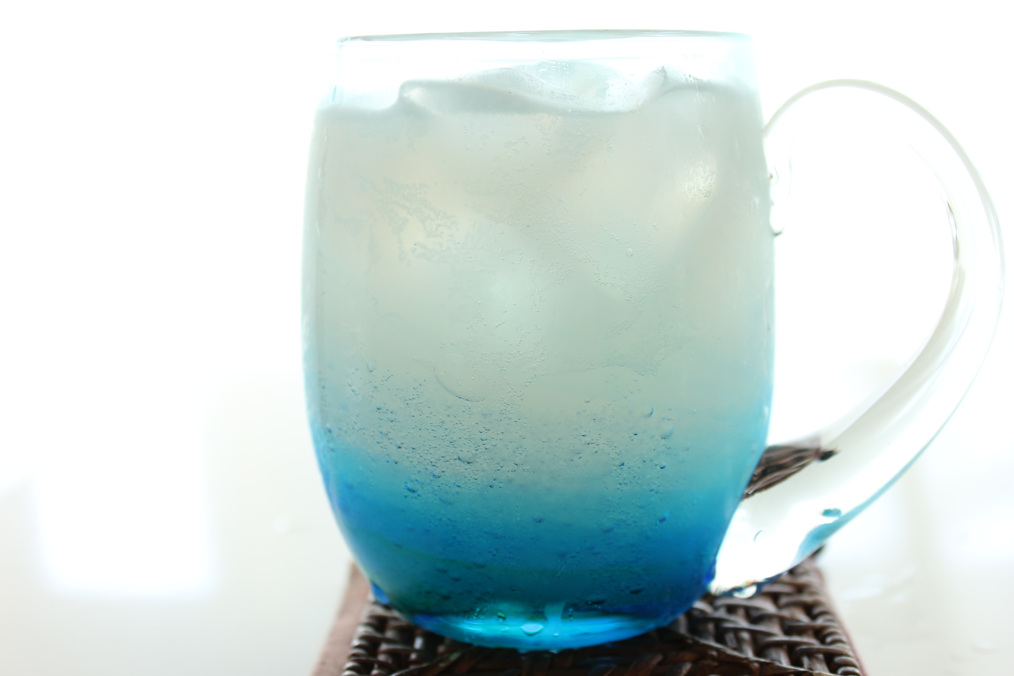 懐かしのあの味を再現!<br>乳酸でできる自家製乳酸飲料