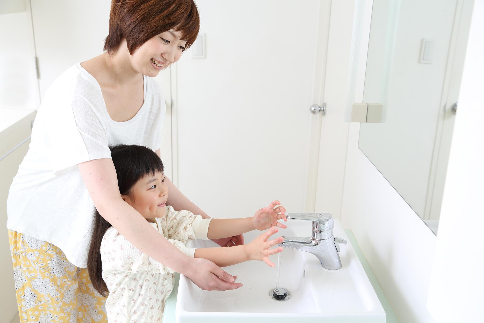 家族がノロウイルスにかかったら!?<br>家庭内感染を防ぐ、対処法まとめ