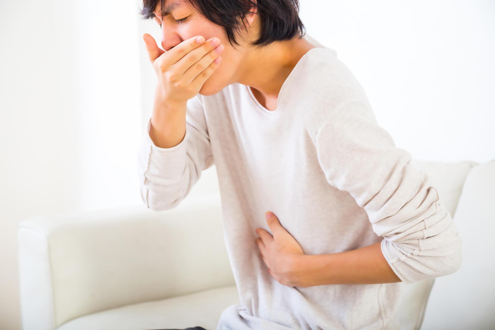 その方法で大丈夫?ノロウイルス感染者の嘔吐物の正しい処理法