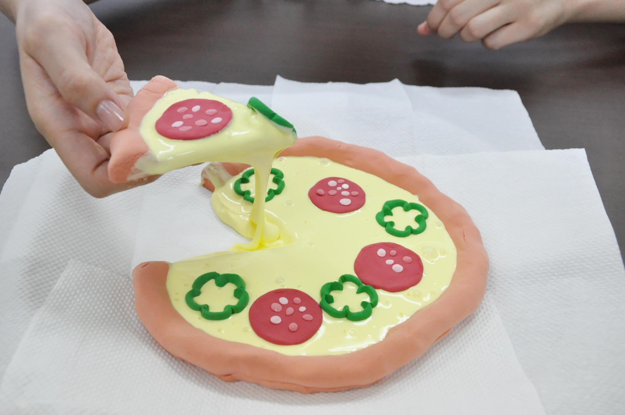 まるで本物!思わず食べてしまいそうなバタースライムとチーズとろ~りピザスライムを作ってみよう!