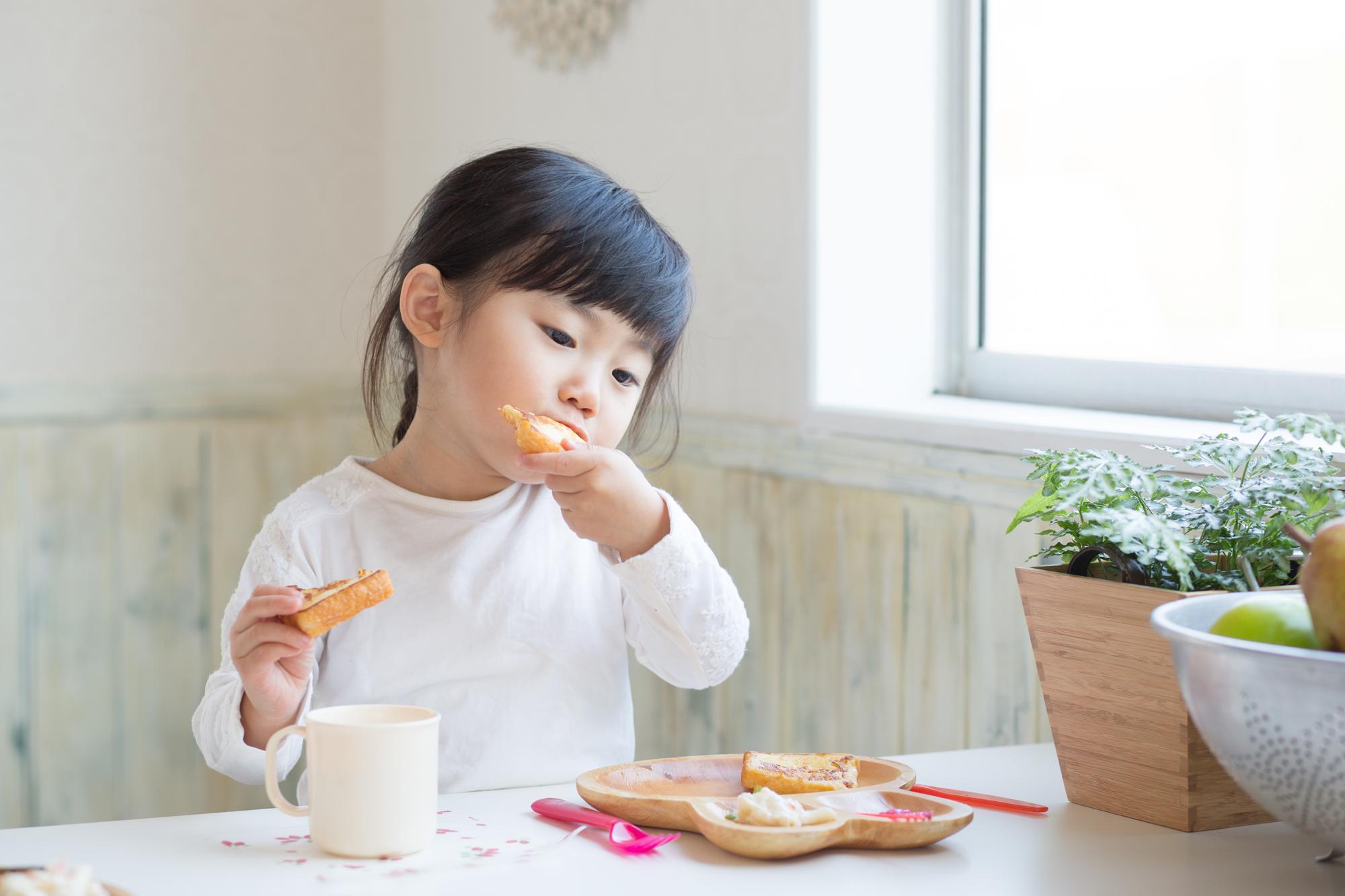 インフルエンザにかかったときにおすすめしたい食事のコツと、予防に効果的な食べ物を紹介