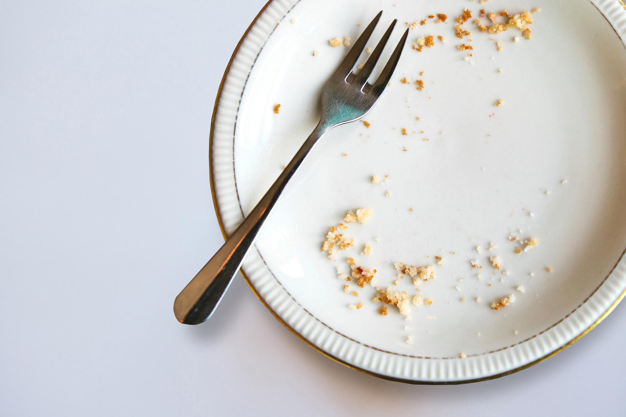 食べ残しのあるお皿
