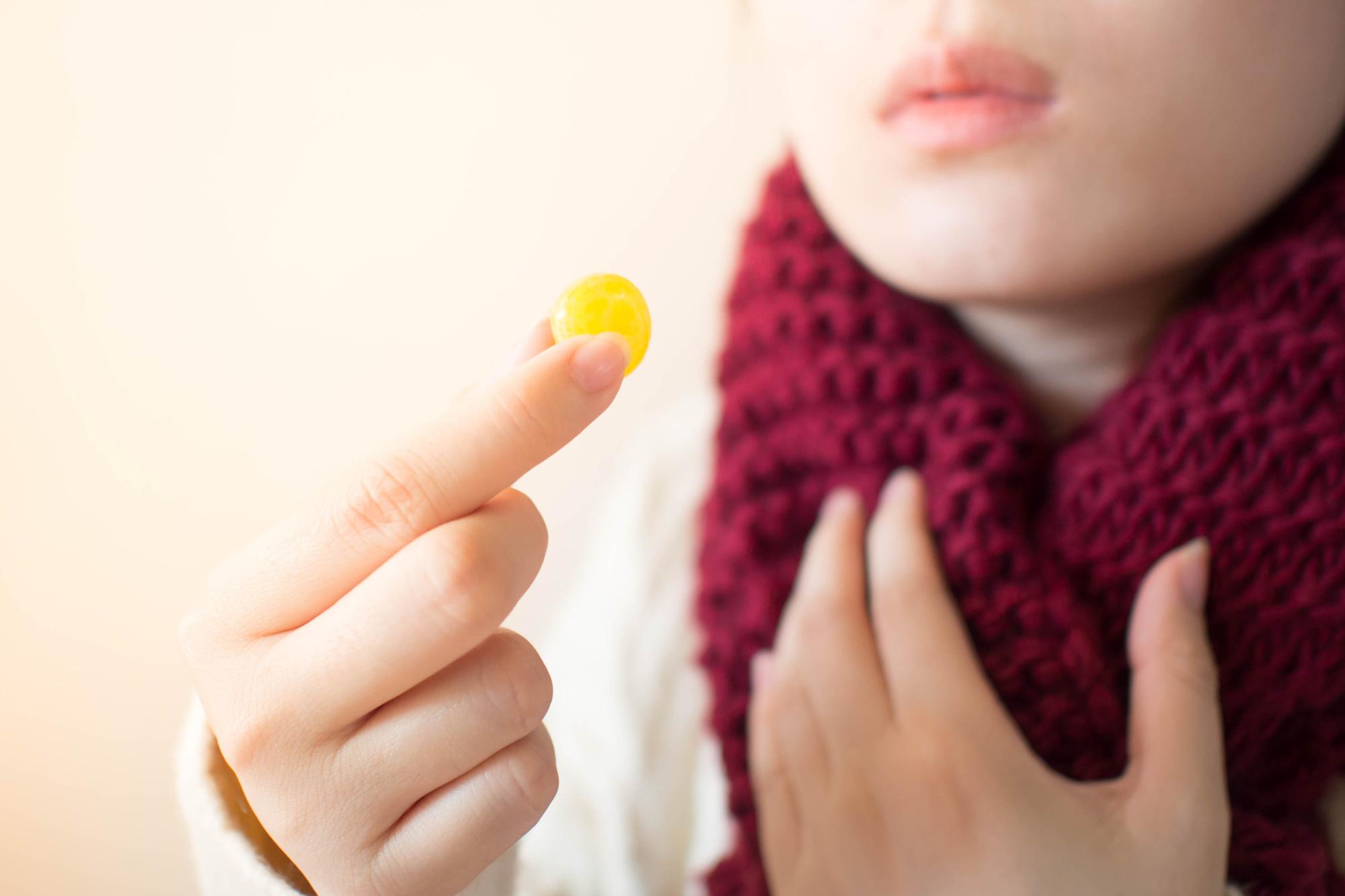 【医師監修】インフルエンザ対策でのど飴が注目される理由