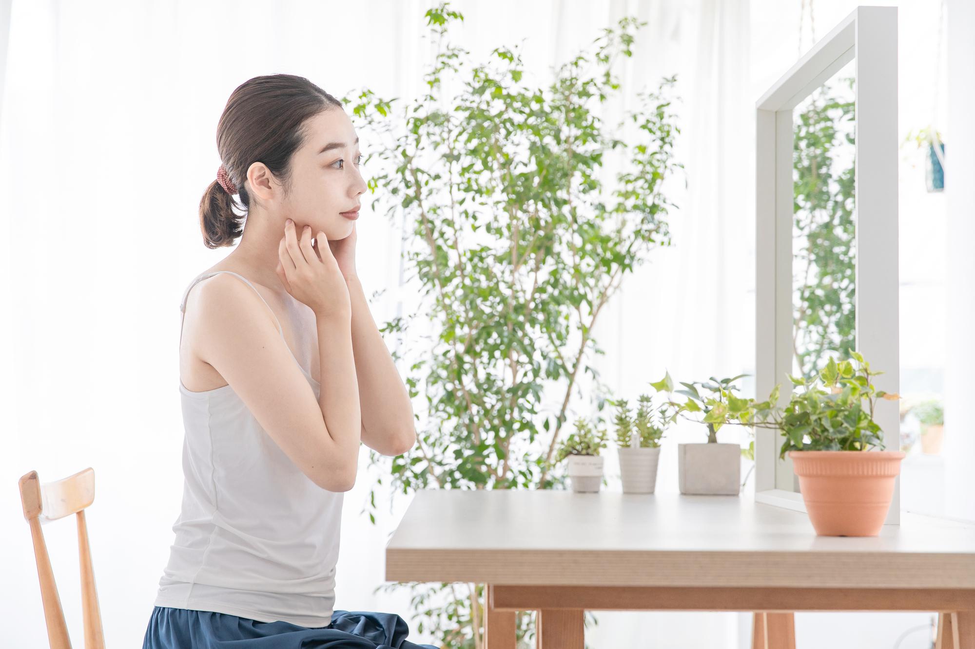 【医師監修】肌の保湿・保護に効果的? ワセリンに期待される効果とは