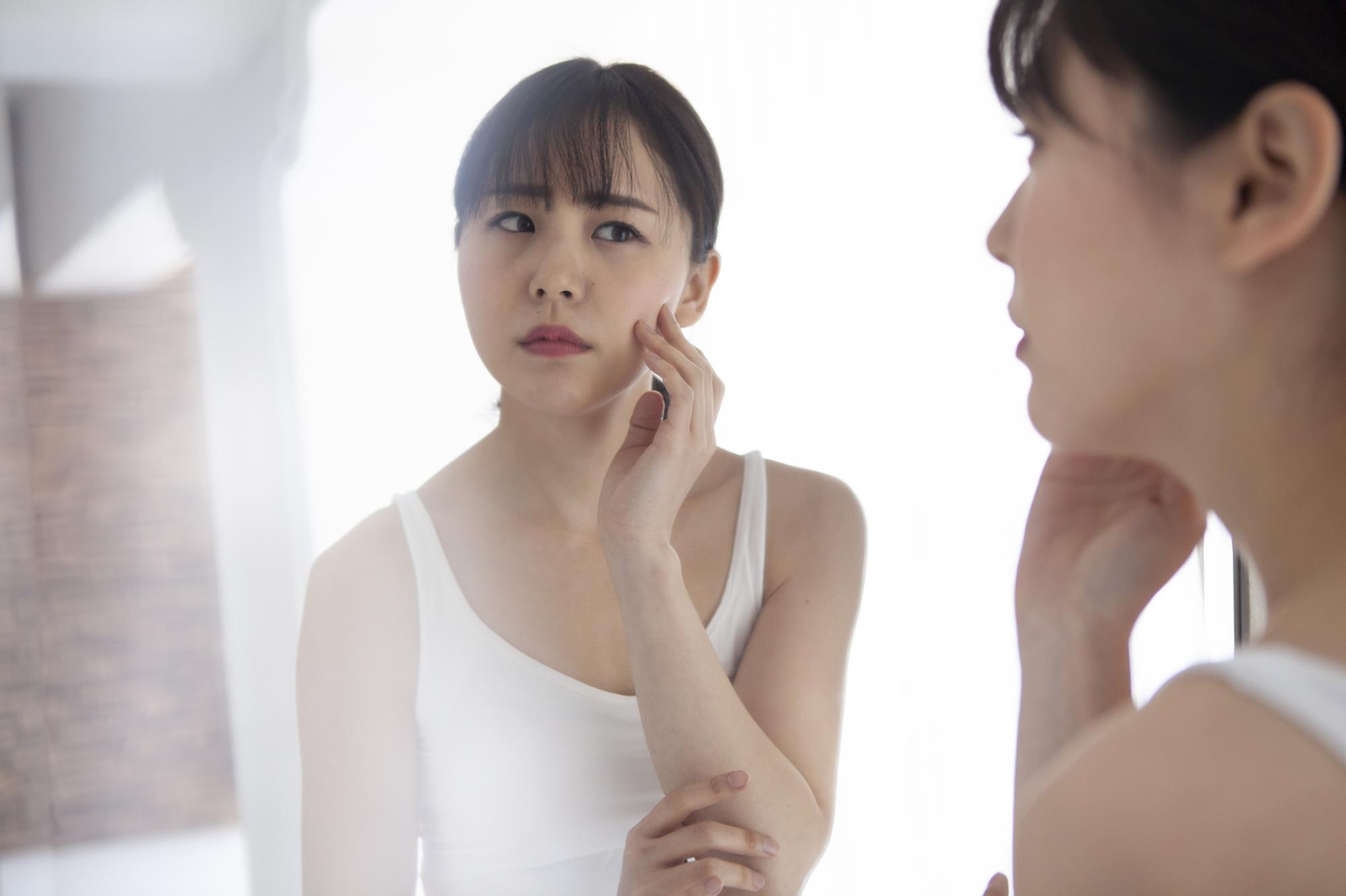 【医師監修】乾燥肌を引き起こす5つの原因を知ろう!