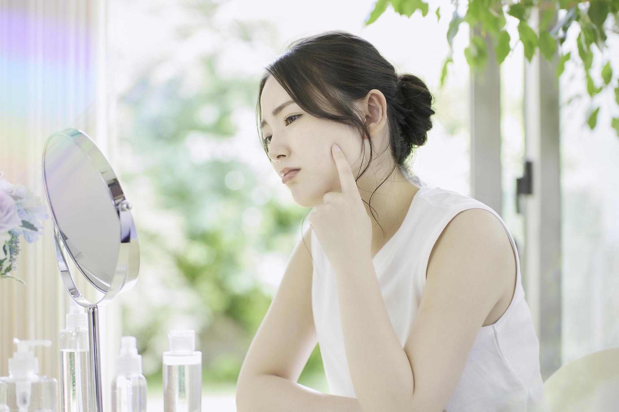 【医師監修】肌断食で乾燥肌の改善が期待できる?正しい方法や注意点も解説