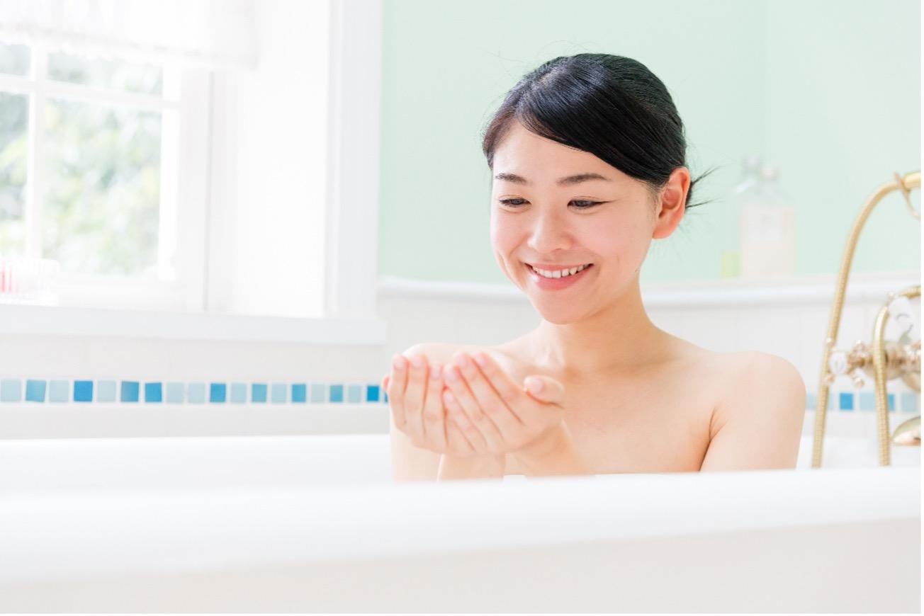 【医師監修】乾燥肌向けの入浴剤について|選び方やおすすめ成分をご紹介